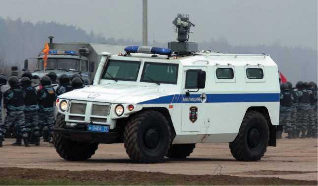 Русский «Тигр»<br />Бронеавтомобиль для «вежливых людей» - i_075.jpg