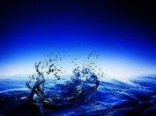 Непростые свойства простой воды