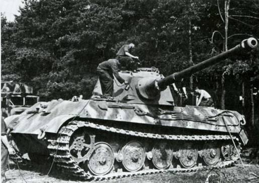Боевые машины мира, 2014 № 23 Тяжелый танк Pz. KpfwVI Ausf.B «Тигр II» - pic_3.jpg