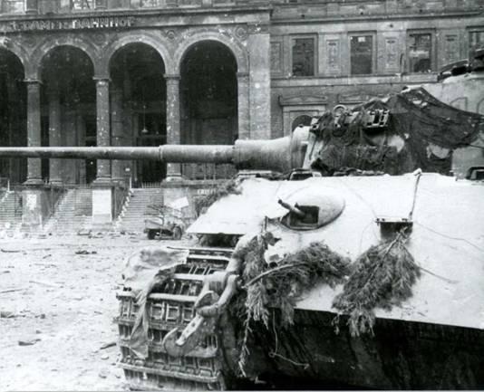 Боевые машины мира, 2014 № 23 Тяжелый танк Pz. KpfwVI Ausf.B «Тигр II» - pic_4.jpg